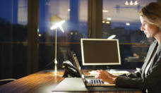Accounts receivable fraud – working late is a warning sign of fraud at work