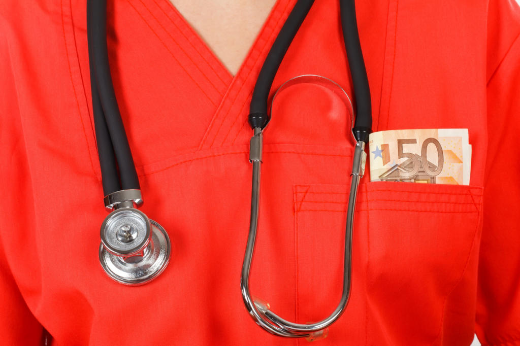 healthcare workers at greater risk of physical violence at work